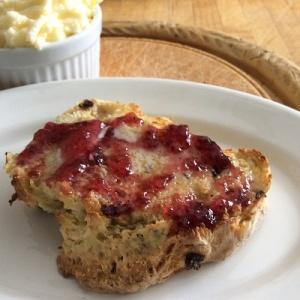 breakfast -bread-jam