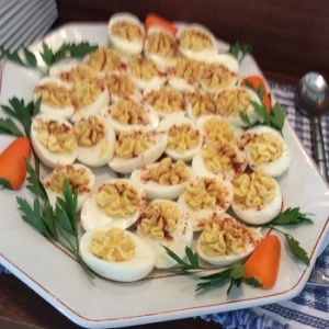 Deviled eggs with Herbs